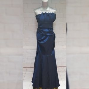 Betsy & Adam Formal Strapless Dress